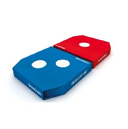 2016's Best Domino Wows with Minimal Brand Packaging